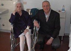 Operata al femore a 104 anni: già cammina!